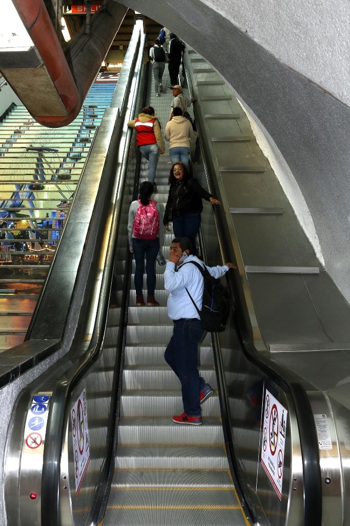 escaleras1.JPG