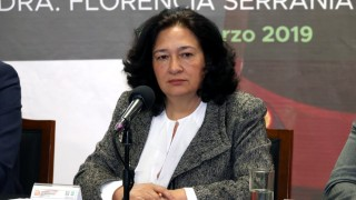Directora del STC denuncia corrupción