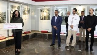 Exposición sobre Emiliano Zapata en el Metro Pino Suárez